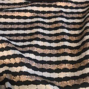 City Triangles Dresses - City Triangle Size Large Split Sleeve